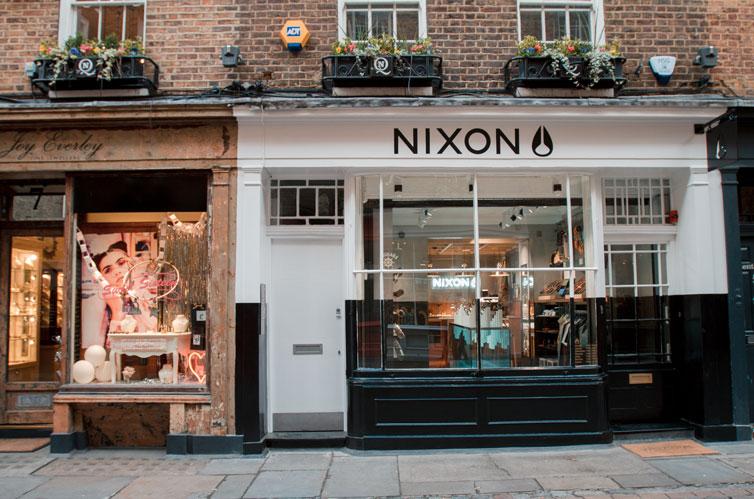 Nixon del två – flaggskeppsbutiken i London