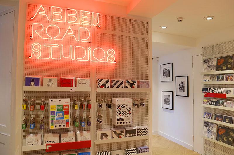 Ny butik fångar magin i Abbey Road Studios