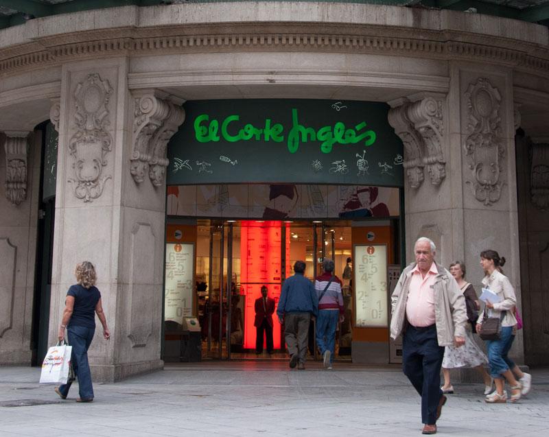 El Corte Inglés sneglar på Milano