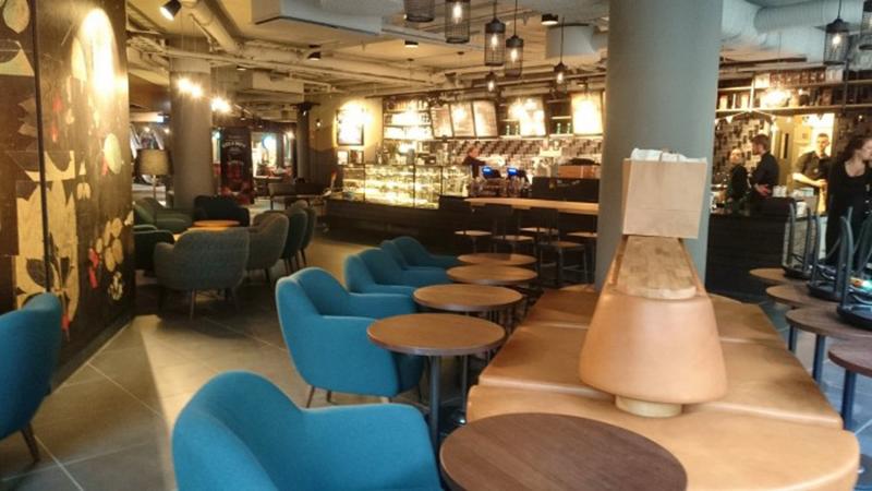 Starbucks öppnar i Mood Stockholm