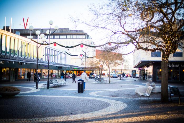 Partyland och Happy Homes till Vällingby City