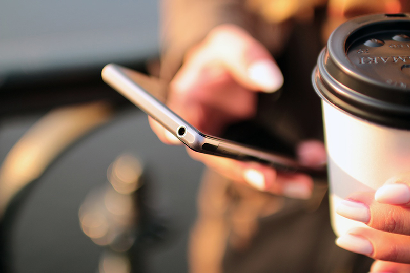 Ny teknik lockar kunden offline