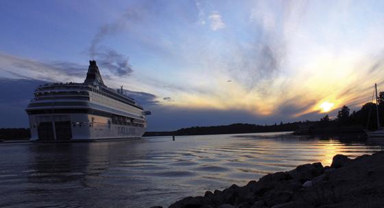 Tallink inför självbetjäning ombord