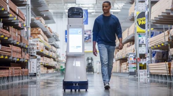 Konsumenterna vill ha mer mänsklig service