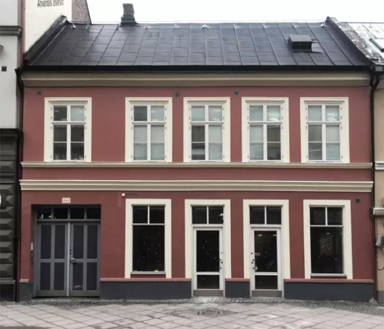 Här öppnar Grandpa i Malmö