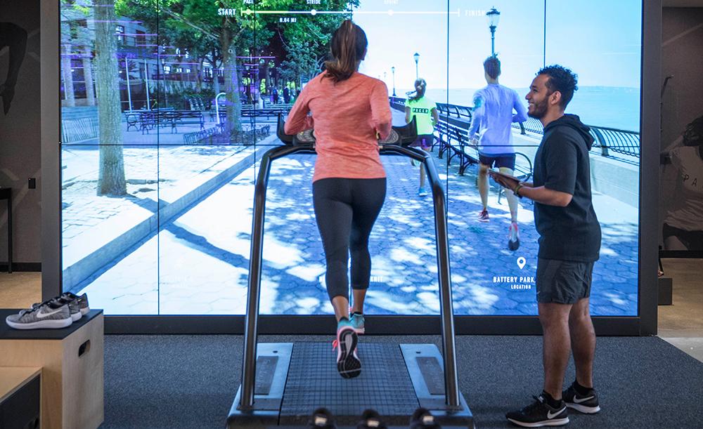 Nike höjer servicenivån i ny butik