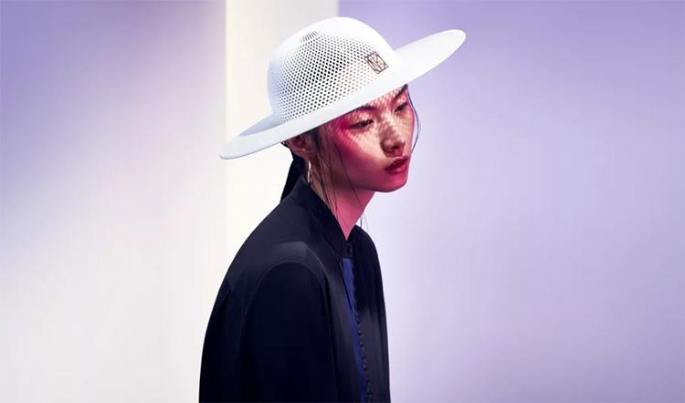 Utställning visar modeikoner utskrivna i 3D