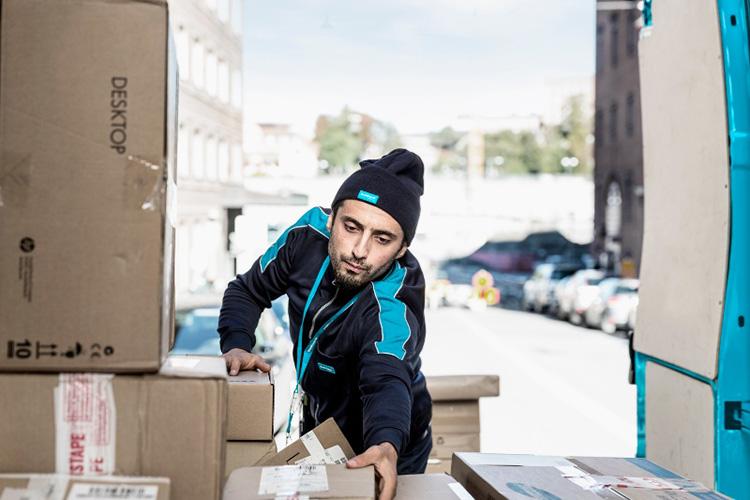 Postnord öppnar helgen för e-handel