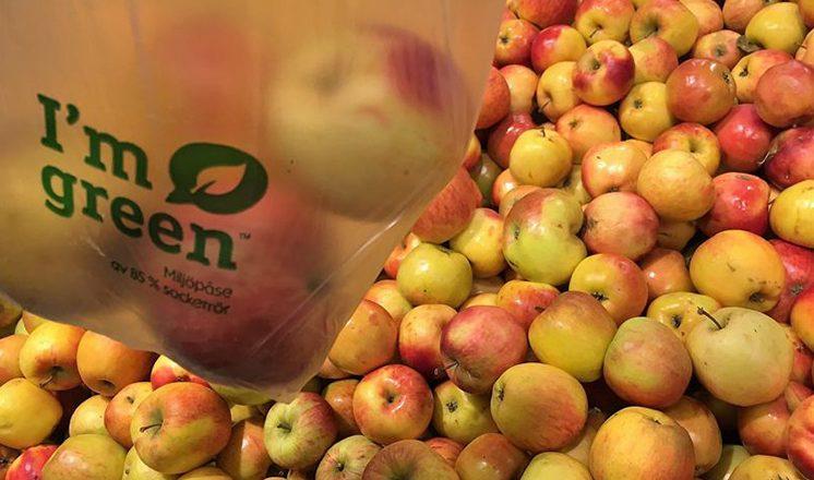 Axfood slutar använda fruktpåsar av plast