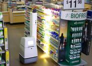 Robot håller ordning i hyllorna