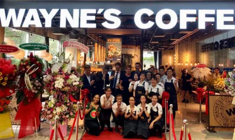 Succéstart för Wayne's i Vietnam
