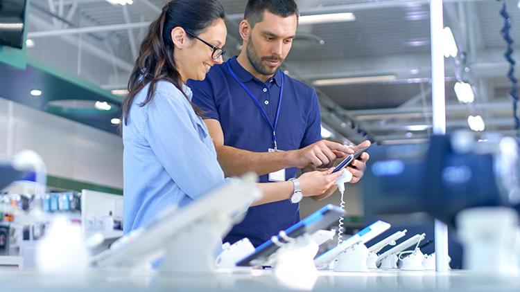 Elektronikkedja köper hälsoföretag