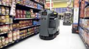 Självkörande robotar skurar butiken