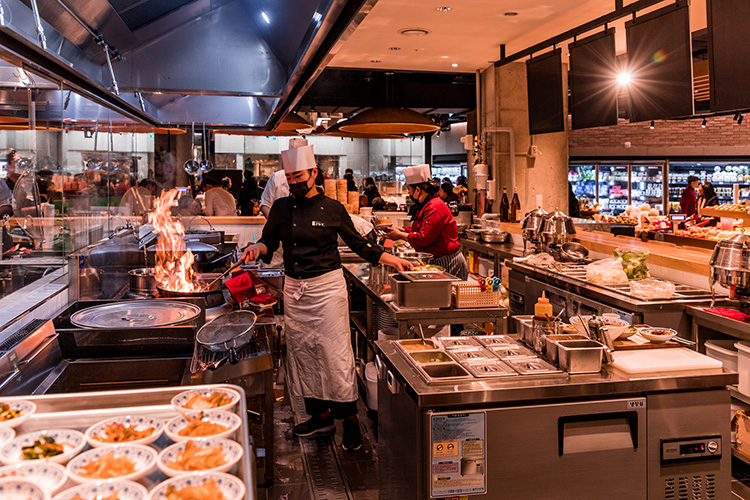 Food Market med mat och möten i fokus