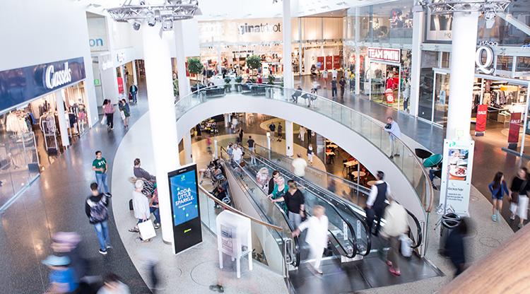 Butik skapas av köpcentrumets besökare