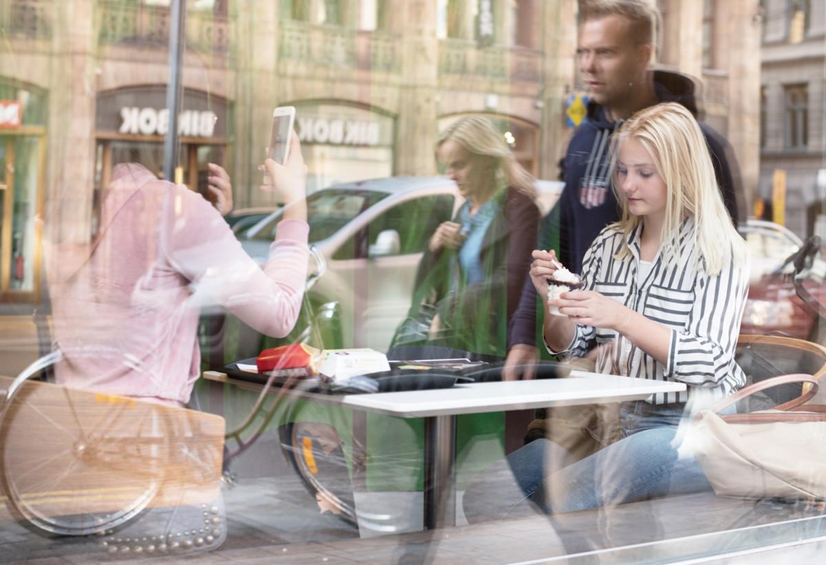 "<h2 class=""fsize-40""><a href=""https://www.handelstrender.se/strukturomvandling-i-svenska-stadskarnor/""><span class=""arlima-pre-title"">cityindex</span> Strukturomvandling i svenska stadskärnor</a></h2>"