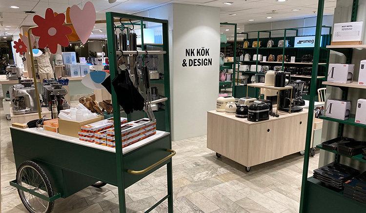 Kika in i pånyttfödda NK Kök & Design