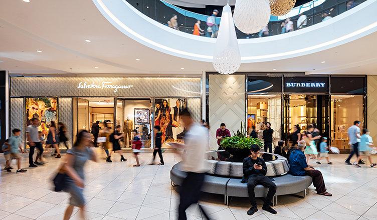 Köpcentrum arrangerar utomhusmarknad