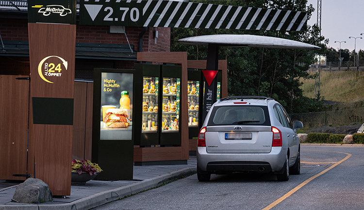 Beställ med mobilen hos McDonald's