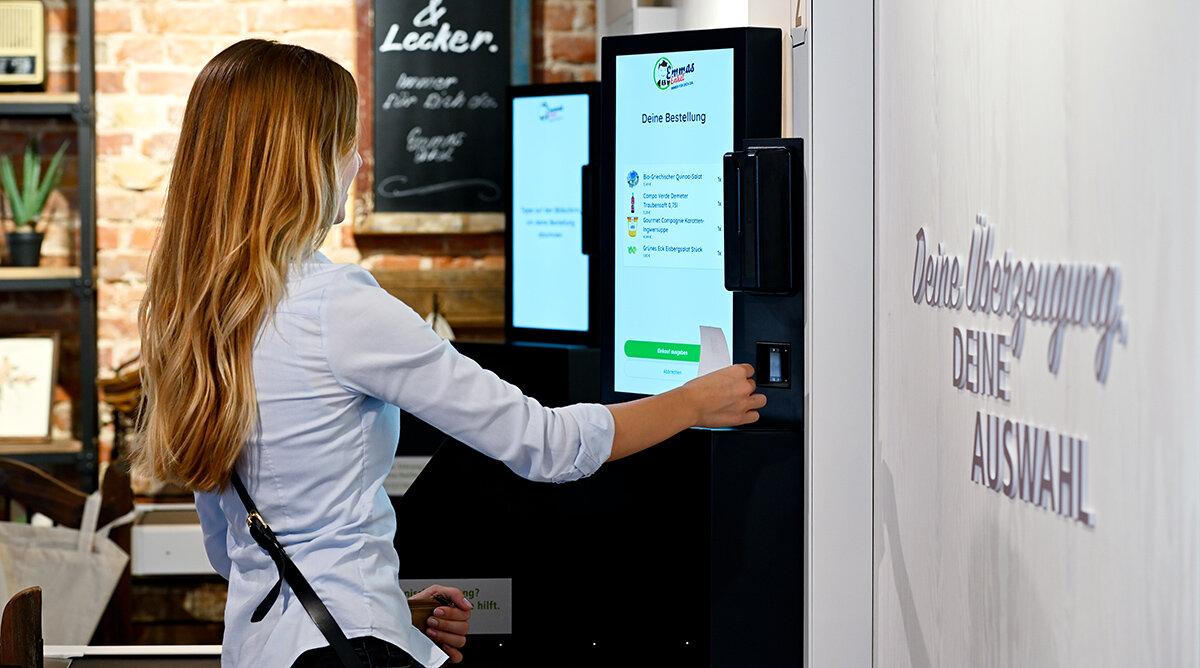 Automatisk servicebutik med robotleverans