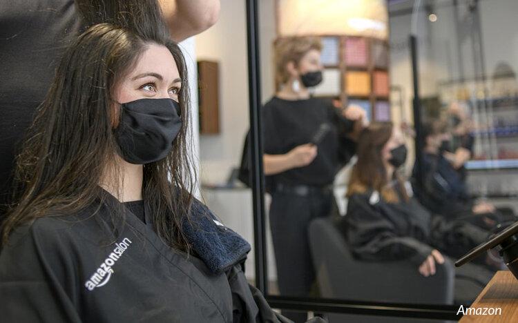 Amazon öppnar fygital salong