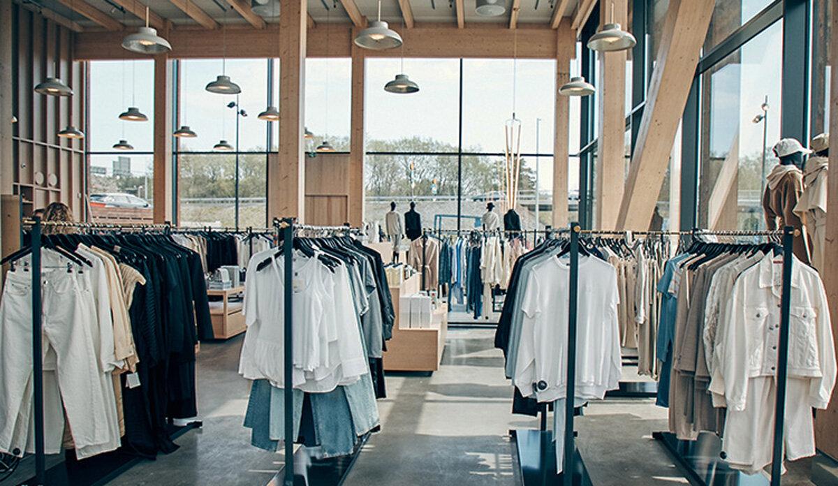 En arkitektritad fygital butiksupplevelse