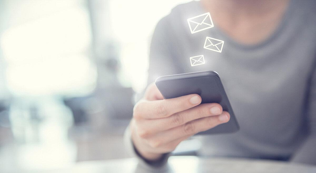 Konsumenten föredrar mejl och telefon
